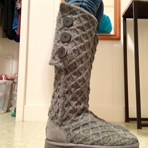 Lattice Cardy boots with buttons- Ugg